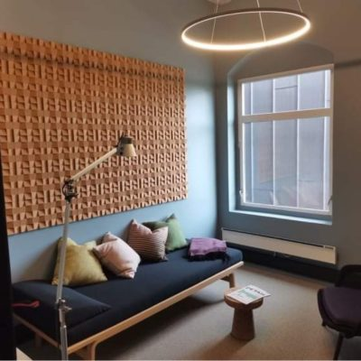 Elegante 3D kork fliser på kontoret til KB arkitekter i Tønsberg