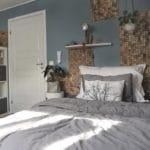 Kokosnøtt fliser som dekor på soverom