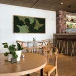 Design mose vegg på Rosfjord Strandhotell
