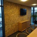 Kokosnøtt fliser skaper ro og harmoni på kontoret til Veidekke i Sandefjord