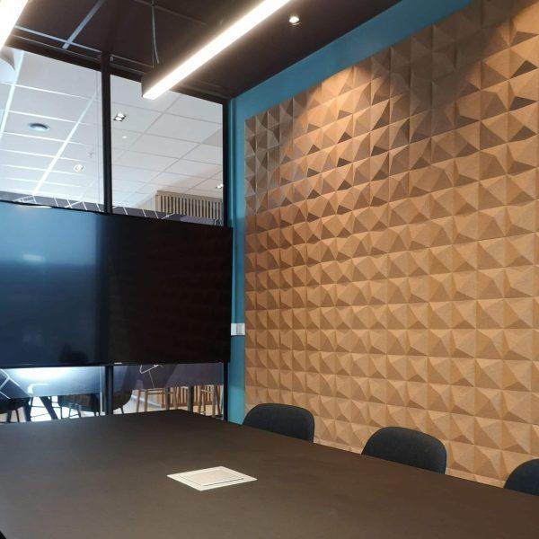Lekre kork fliser i 3d mønster på kontor på Barcode i Oslo