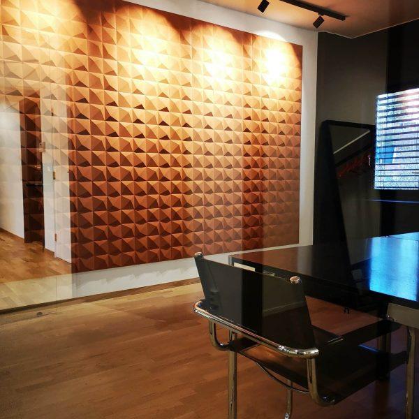 3D korkflisene Peak på kontoret til Nærsenter Utvikling i Bærum