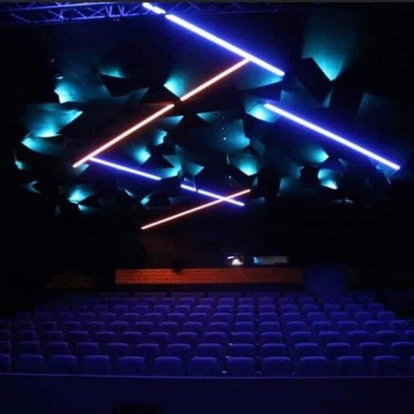 Geilo kino i all sin prakt med lyddempende plater