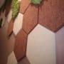 Dekorative hexagon fliser i tekstil og mose